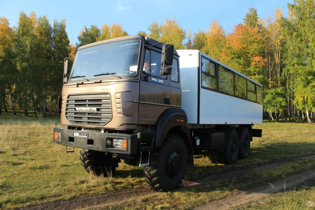 Shift team bus URAL