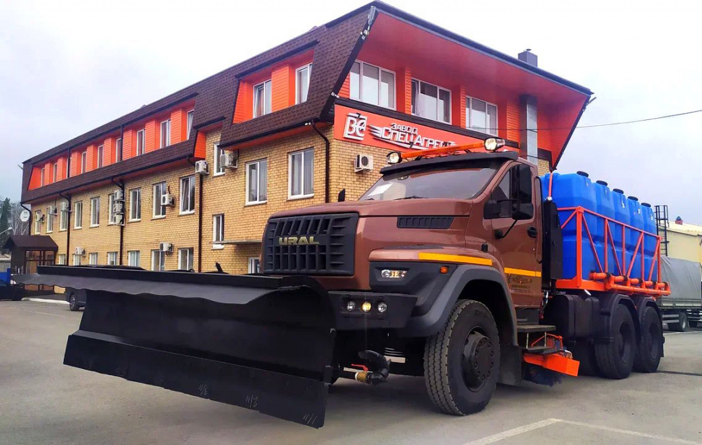 На дорожном шасси «Урал NEXT 6х4» создан новый образец спецтехники