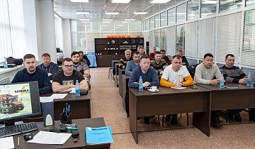 Автозавод «Урал» провел обучение для представителей сервисных центров