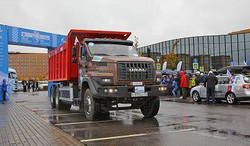 Дорожный автомобиль на газовом топливе «Урал NEXT 6х4» преодолел более 2700 км по дорогам России в рамках пробега «Газ в моторы»